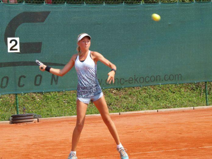 Nika Radišič je v 2. krogu izločila krvnico prve nosilke turnirja. (Foto: Sašo Svoljšak)