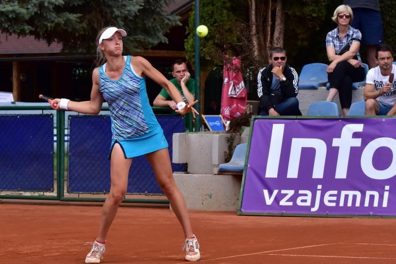 Nina Potočnik je tokrat izgubila le dve igri. (foto: Dušanka Mlakar)