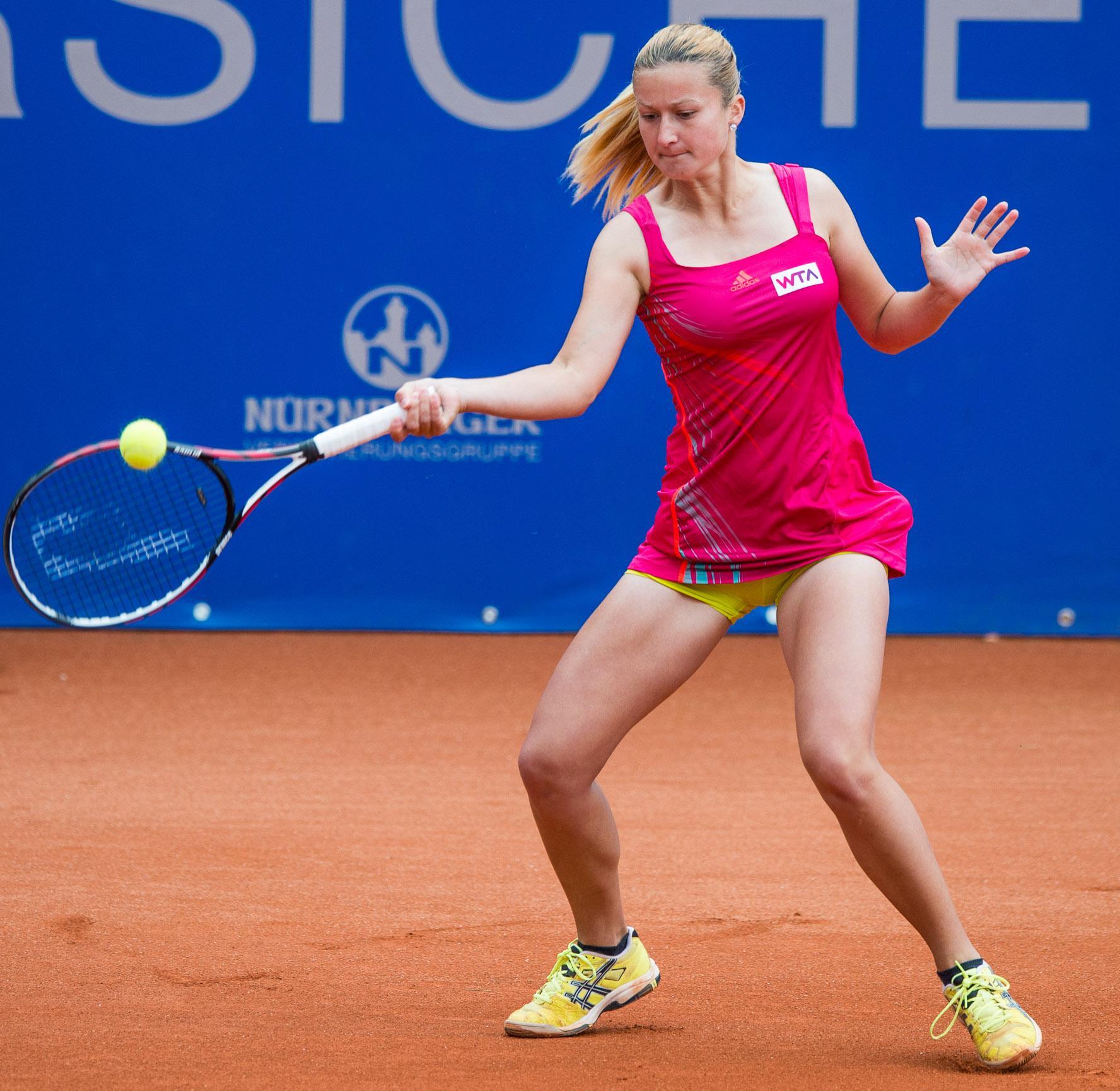 Dalila Jakupović pridno nabira naslove v konkurenci dvojic. (Foto: fr.wikipedia.org)