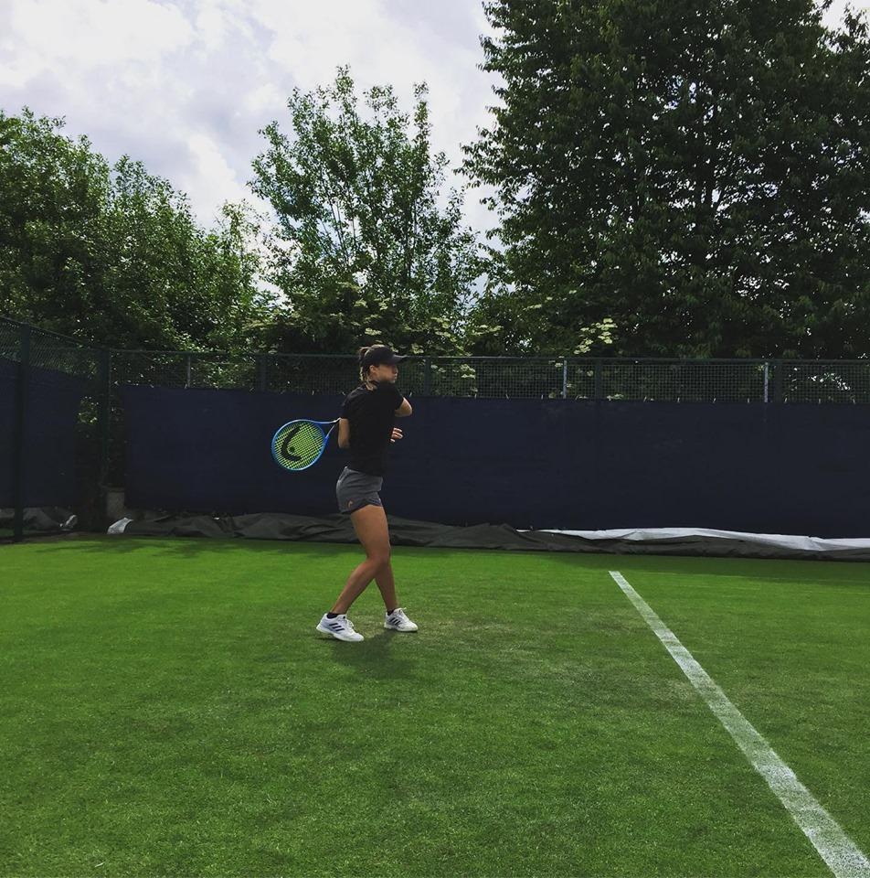 dali1 - Dalila je šla na travnati turnir, zaigrala pa na trdi podlagi