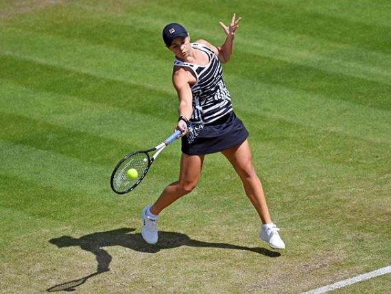 Bartyjeva vprašljiva za Wimbledon. (Foto: Instagram)