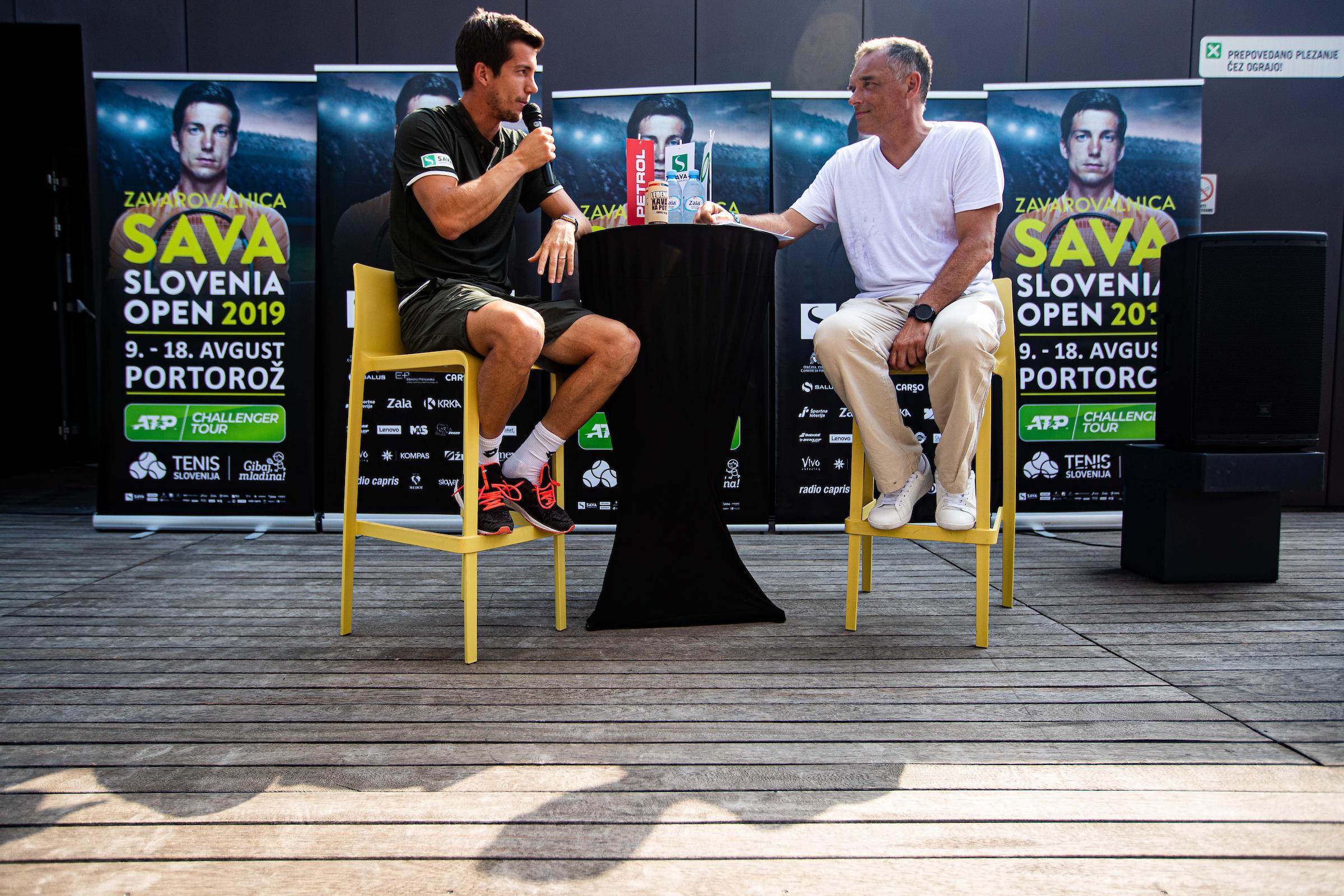 """Tenis TiskovnaKonferenca AljazBedene 0159 190725 GV - Bedene: """"Komaj čakam, da se turnir v Portorožu začne!"""""""