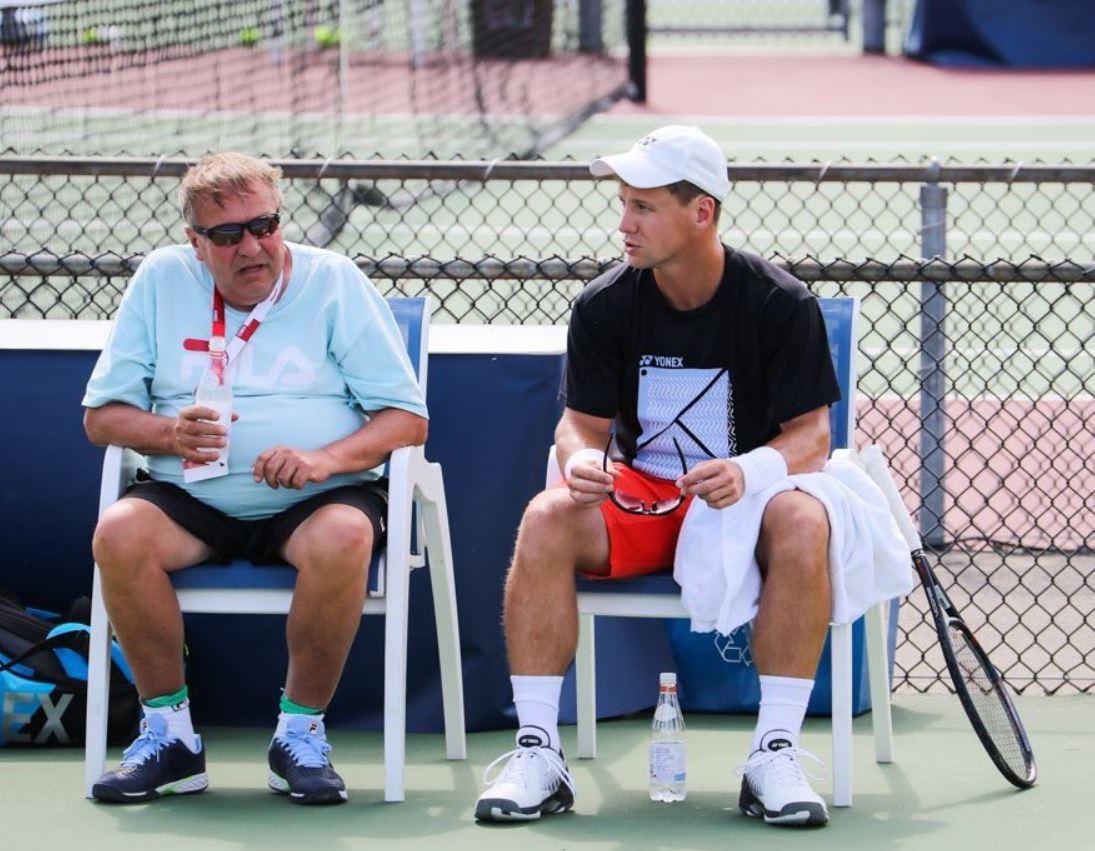 Dirk - Smo res lahko brez tenisa še 6 mesecev?