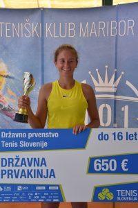 DSC 1368 200x300 - DP (U16): Dvojna prvakinja Drametova najboljše prihranila za konec, leto 2020 še naprej sanjsko za Artnaka (FOTO)