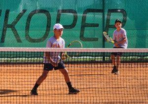 U12b 300x210 - DP B (U12): Lun Jarc prvak v dveh kategorijah, pri deklicah blestela Sofija Malić (FOTO)