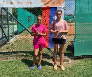 koper 12 300x252 - DP B (U12): Lun Jarc prvak v dveh kategorijah, pri deklicah blestela Sofija Malić (FOTO)