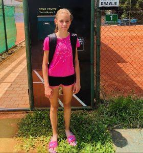 koper12b 280x300 - DP B (U12): Lun Jarc prvak v dveh kategorijah, pri deklicah blestela Sofija Malić (FOTO)