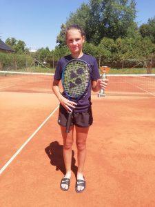 julija 225x300 - U14: Premierni turnir na igriščih TK Center Court Soku, Flerinova najboljša drugič zapored