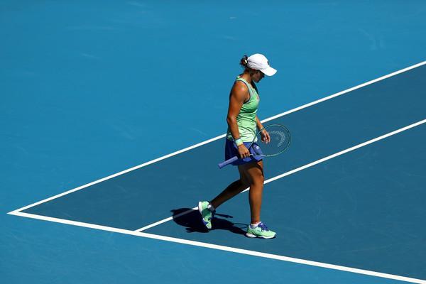 AshleighBarty2020AustralianOpenDay11S H1PipFRjXl - Serena Williams in Ashleigh Barty prvi imeni na peti celini