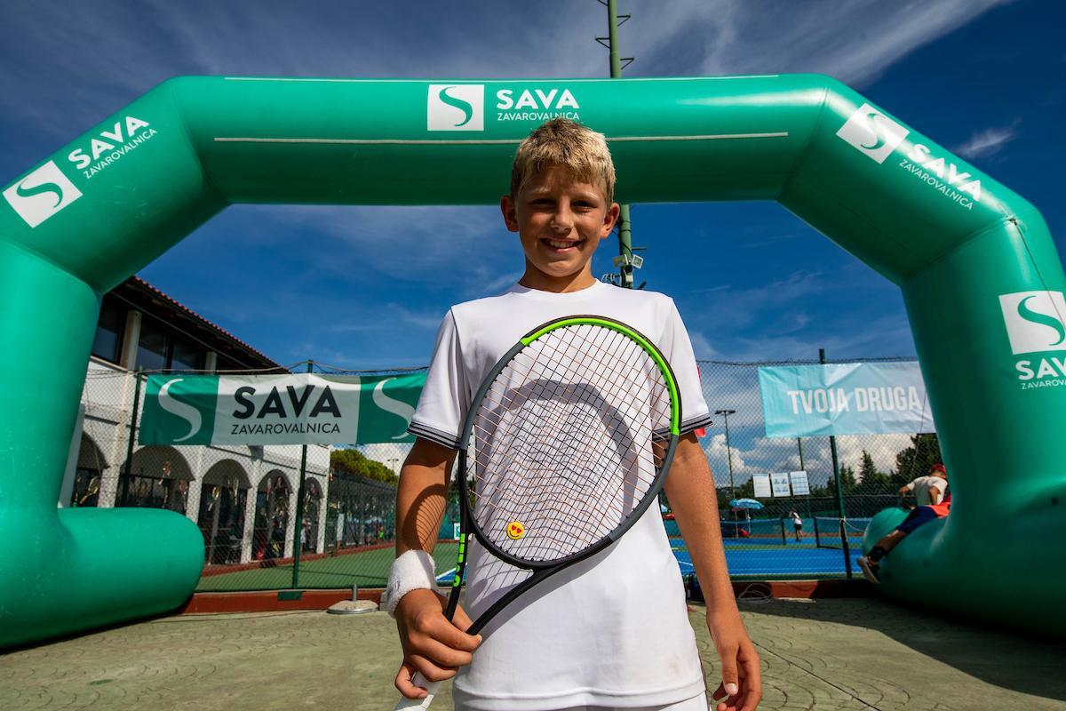 Tenis Slovenija 0983 200816 VID - TE: Leto dni starejši Nemec v finalu ustavil pohod Šeška v Tuzli