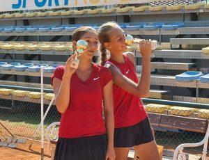 119131522 3208656729202426 7666727299053435423 o 300x230 - Tennis Europe: Izjemna Hojnikova do naslova v Kopru, v dvojicah najboljši Julija Bogatin in Nika Završki (FOTO)