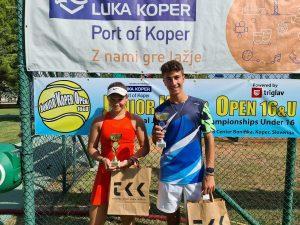Ella 300x225 - Tennis Europe: Izjemna Hojnikova do naslova v Kopru, v dvojicah najboljši Julija Bogatin in Nika Završki (FOTO)