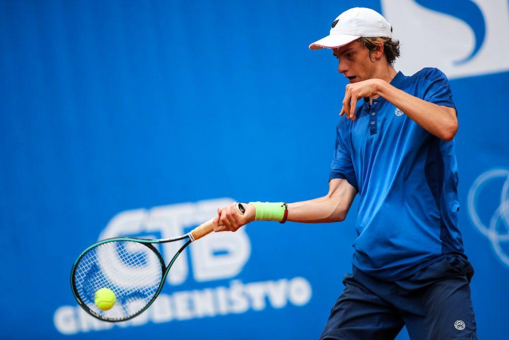 Artnak Bor fh4 1024x683 - ITF: Artnak na Poljskem izločil še drugega domačina in napredoval v četrtfinale, nova zmaga Lipovška