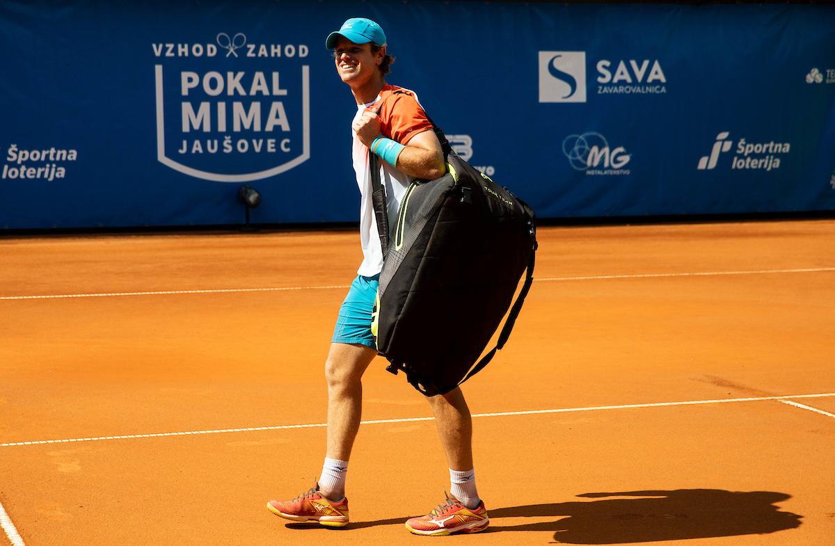 Kavcic Blaz pesek zmaga1 - Rola kvalifikacije na Roland Garrosu začenja proti domačinu, Kavčič proti staremu znancu