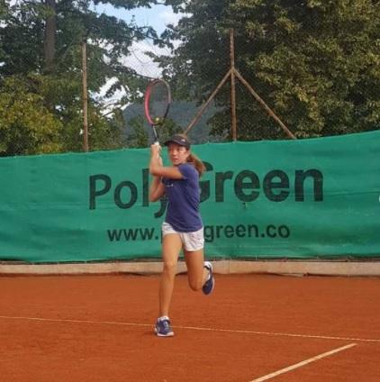 Najzer - Tennis Europe: Hribar in Angeli zanesljiva v Solinu, Najzerjeva naprej po preobratu
