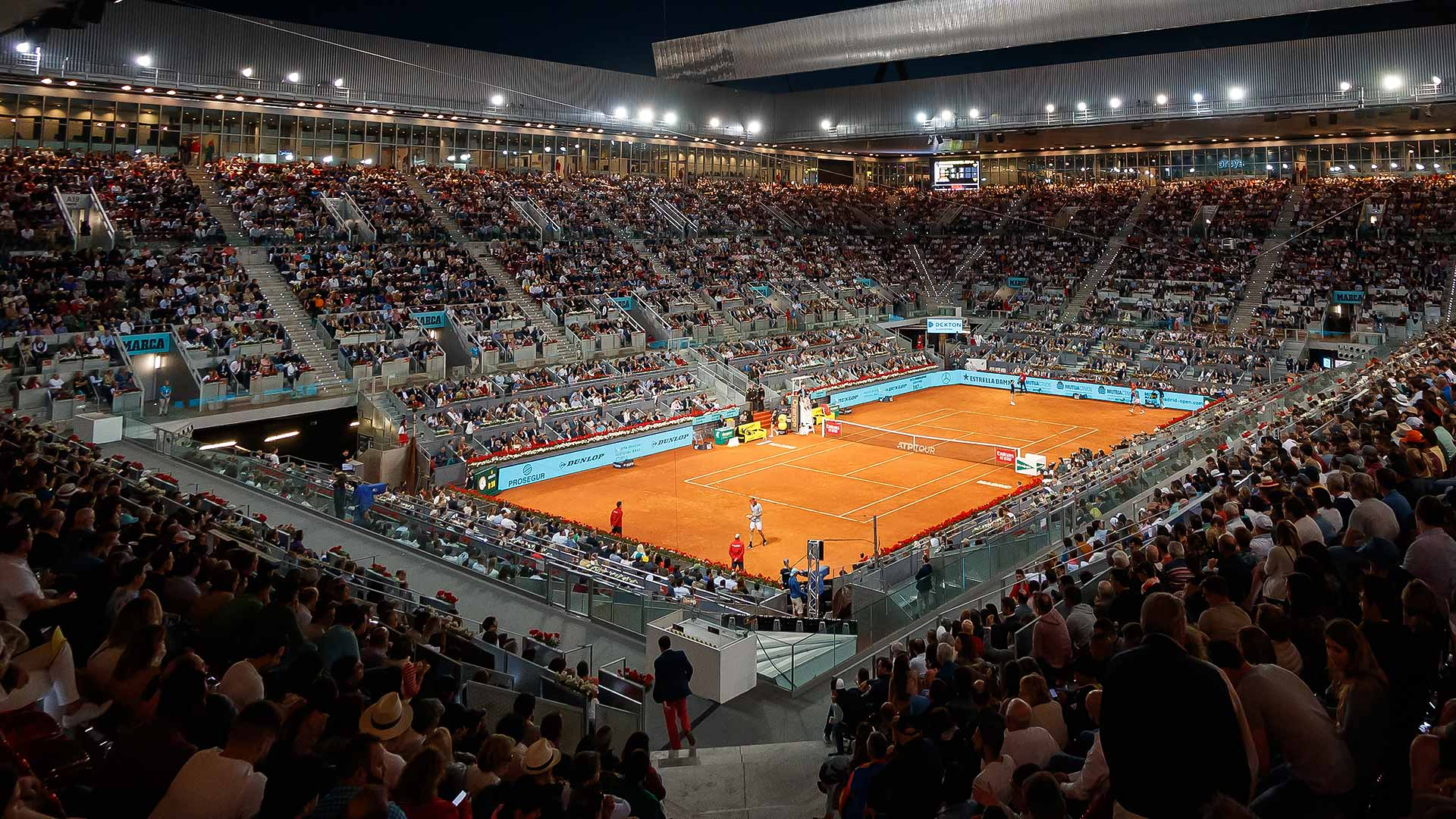 madrid tournimage 2019 night - 2-kratna Grand Slam zmagovalka odpovedala turnir v Madridu