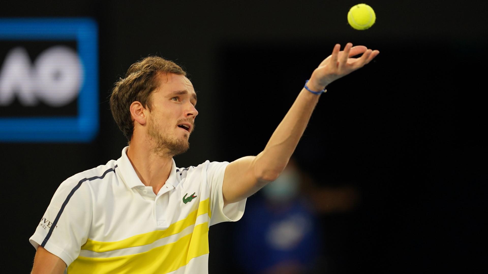 Foto Australian Open FB 5 1 - Medvedev skočil na tretje mesto, Đoković že vidi rekord Federerja