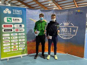 1122 300x225 - DP U16: Zimsko državno prvenstvo osvojila Matic Križnik in Anamari Žnuderl! (FOTO)
