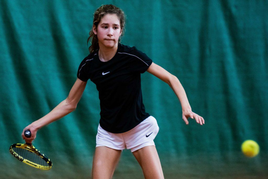 Tenis Pokal 0795 210205 GV 1024x683 - U18: 14-letna Mumlekova izjemen teden v Krškem kronala z naslovom, Artnak upravičil vlogo favorita v Medvodah (FOTO)