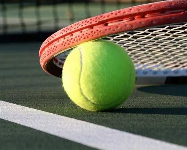 tenis2 - Tenis je varen šport