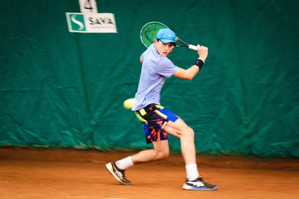 Telemach DP 210116 BW0002 - ITF: 15-letni Švec na turnirju v Sarajevu zaustavljen šele v polfinalu