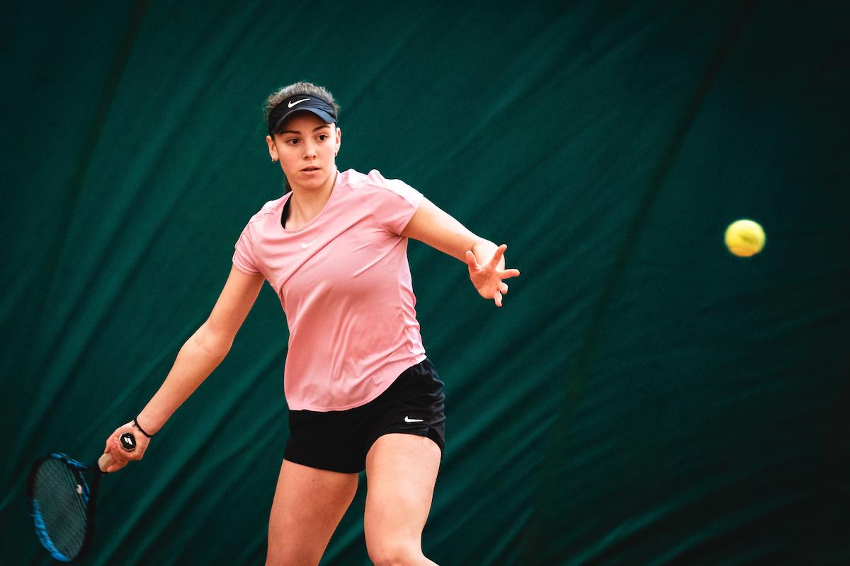 Telemach DP 210116 BW0110 - Tennis Europe: Petelinškova po novi zmagi korak do lovorike v Zenici, v soboto za naslov tudi Marjanovič
