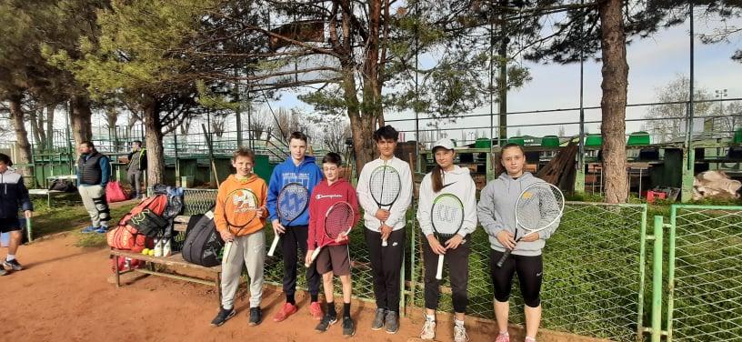 ekipaVinkovci - Tennis Europe: Hribar in Šeško v Vinkovcih med seboj za polfinale