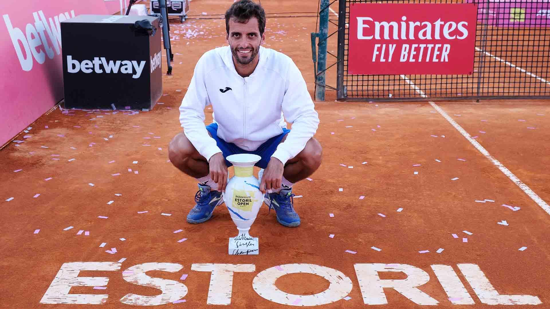 ramos vinolas estoril 2021 sunday trophy - Albert Ramos Vinolas najboljši v Estorilu