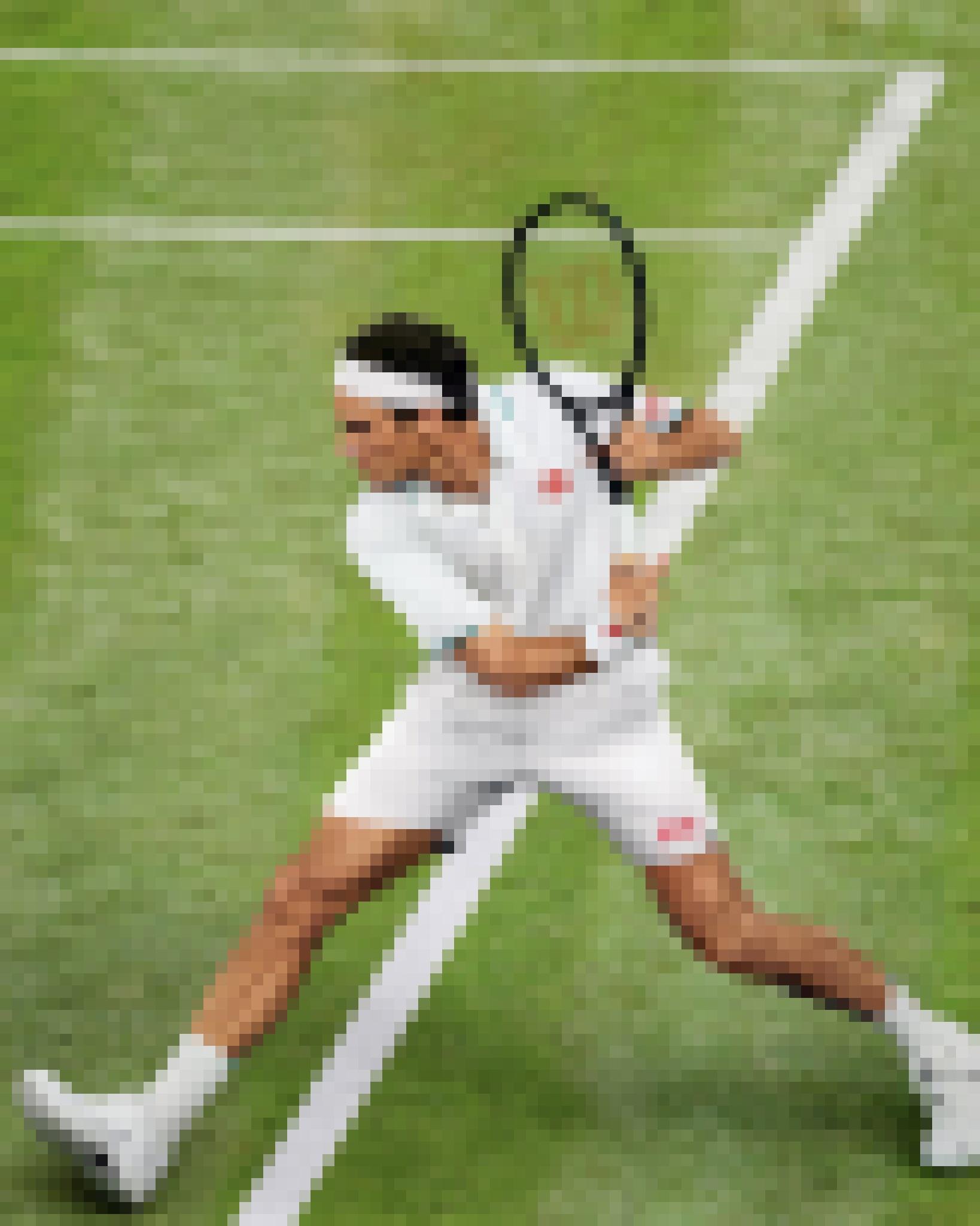 199541319 1710556579154349 3014574920931051734 n – kopija - Tako bo v Wimbledonu oblečen Roger Federer