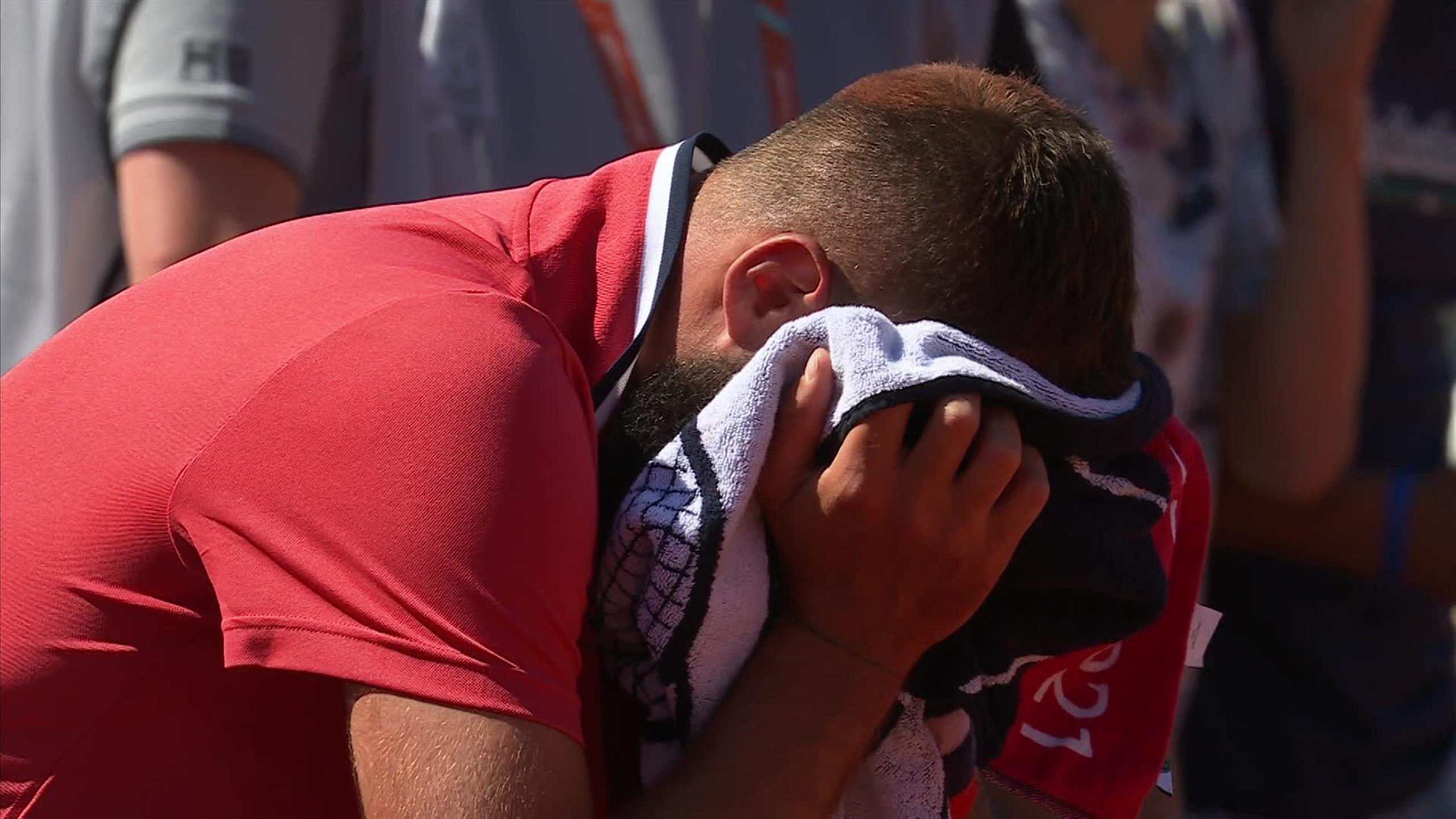 """3143354 64422808 2560 1440 - Benoit Paire v solzah: """"V zadnjih mesecih sem trpel"""""""