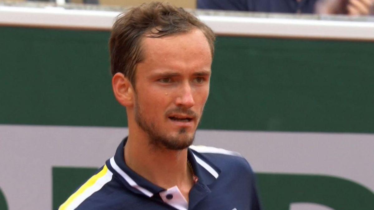 """3146293 64481588 2560 1440 - Medvedev: """"Je to prihodnost Roland Garrosa?!"""""""