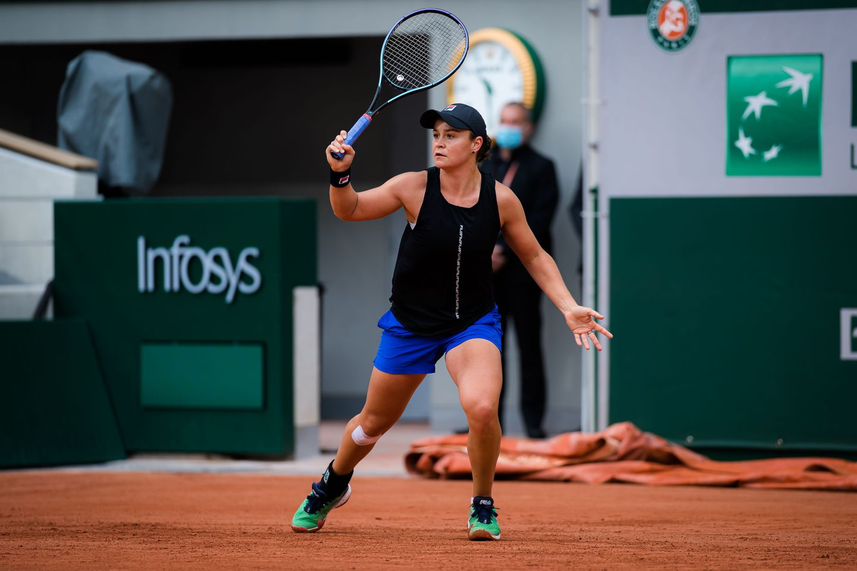 Ashleigh Barty   2021 Roland Garros Qualifications Day 3  DSC 1259 original - Roland Garros: Bartyjeva potrebovala tri nize