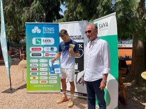WhatsApp Image 2021 06 18 at 11.47.07 1 300x225 - DP člani/ce: V Mariboru do naslova prvaka Metka Komac in Filip Jeff Planinšek (FOTO)