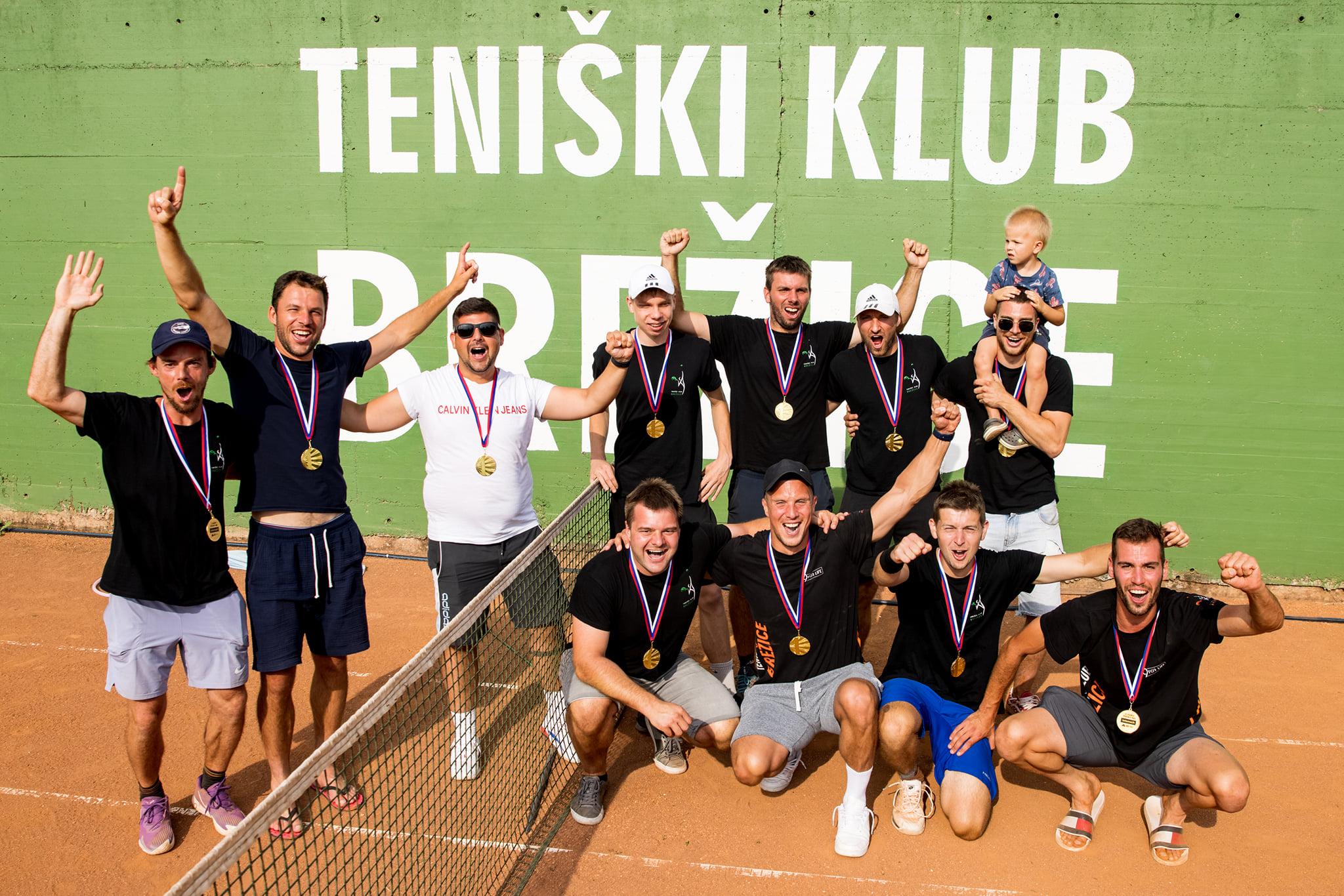 Brezice23 - FOTO: Finale Telemach 2. moške lige postregel s pravim bojem in zmagoslavjem TK Brežice! (DOPOLNJENO)