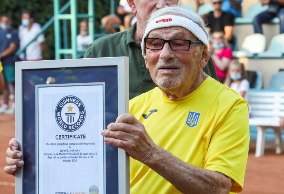 Live 100 years and play against Federer Leonid Stanislavskyis goals - Ukrajinec Stanislavski najstarejši teniški igralec na svetu