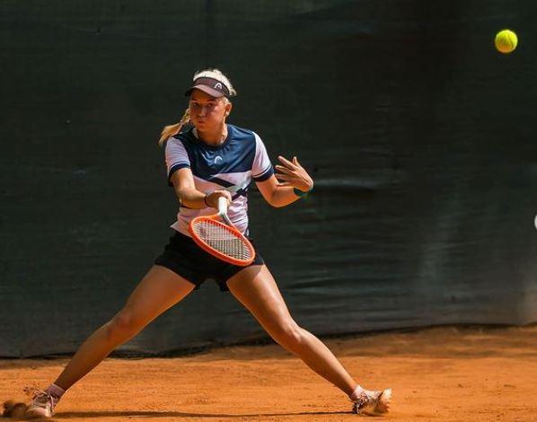 Nika Radisic - ITF: Nika Radišić v Trbižu do naslova v dvojicah, v igri parov najboljši tudi Lipovšek Puches
