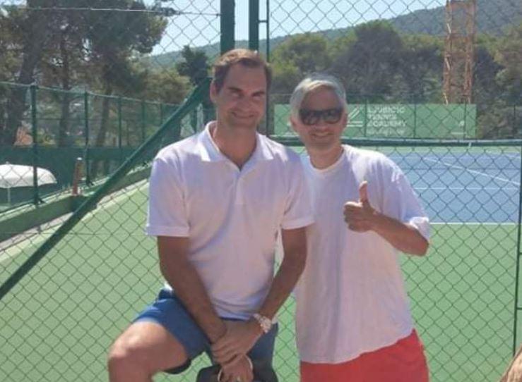 Twitro - Roger Federer za oddih izbral Hrvaško, družbo mu dela nekoč vrhunski nogometaš (VIDEO)