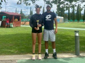 sheila 300x223 - Ela Nala Milić zmagovalka sestrskega finala članskega turnirja v Kopru, pri članih najboljši Tomac (FOTO)
