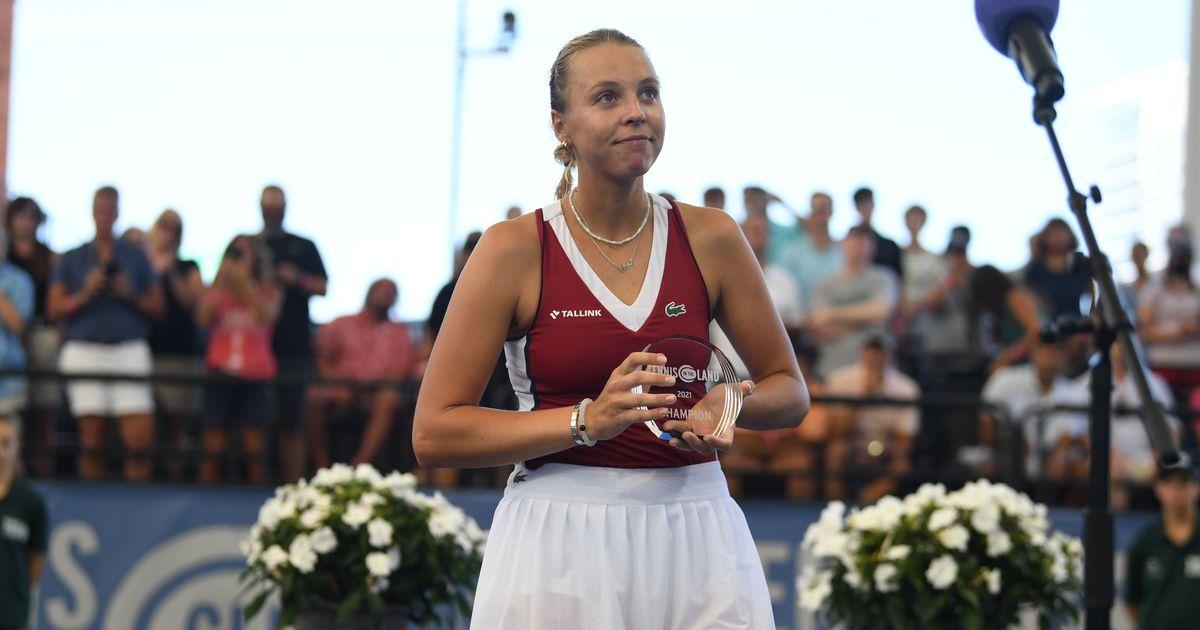 Kontaveit trophy Dermer - Estonka Anett Kontaveit slavila v Clevelandu