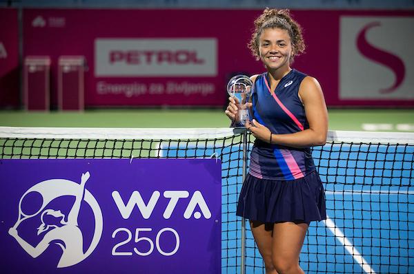 WTA Portoroz 042150 210919 VID - WTA lestvica: Zmagovalka Portoroža Paolinijeva pridobila kar 23 mest
