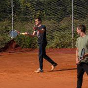 Rock Tenis Domzale oktober 2021 Foto Ales Znidarsic 5 180x180 - Rokerji združeni na glasbeno obarvanem teniškem turnirju 'Rock Tenis'