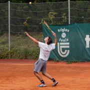 Rock Tenis Domzale oktober 2021 Foto Ales Znidarsic 7 180x180 - Rokerji združeni na glasbeno obarvanem teniškem turnirju 'Rock Tenis'