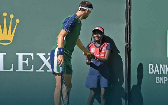 dimitrov 540x340 - ATP Indian Wells: Bolgar prijazno pomagal pobiralki žogic