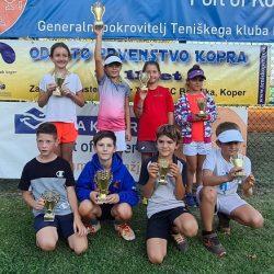 u15 250x250 - U8 - U11: Najmlajši slovenski upi za konec poletne sezone 2021 navdušili v Kopru (FOTO)